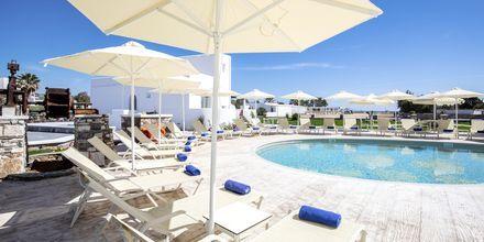 Pool på hotell Evdokia på Naxos, Grekland.
