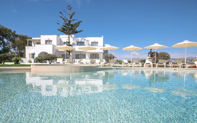 Välkommen till Evdokia i Plaka Beach, Naxos - ett av våra Apollo Mondo Local-hotell!
