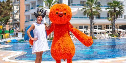 Polly & Mino på hotell Fafa Grand Blue i Durres Riviera i Albanien.