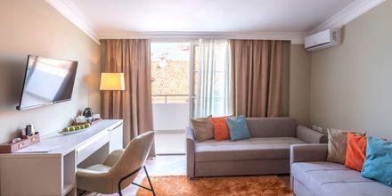 Tvårumslägenhet på hotell Fafa Grand Blue i Durres Riviera i Albanien.
