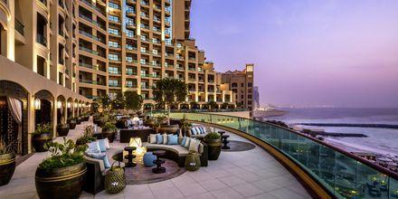 Bar på hotell Fairmont Ajman i Förenade Arabemiraten.