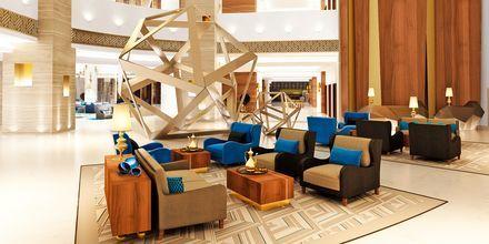Lobbyn på hotell Fairmont Ajman i Förenade Arabemiraten.