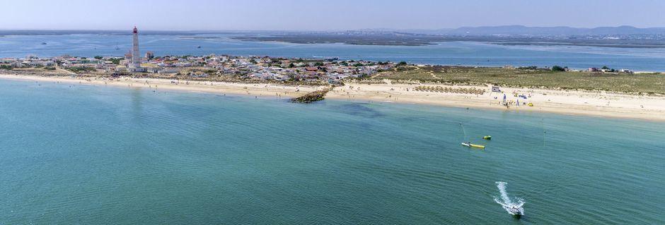 Strand i Faro, Portugal.