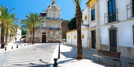 Faros stadskärna är välbevarad med vissa delar från medeltiden.