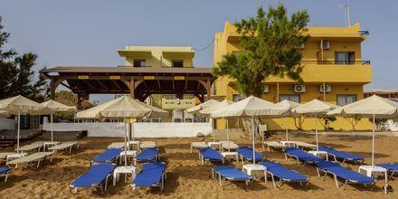 Stranden på hotell Faros i Kato Stalos, Kreta.