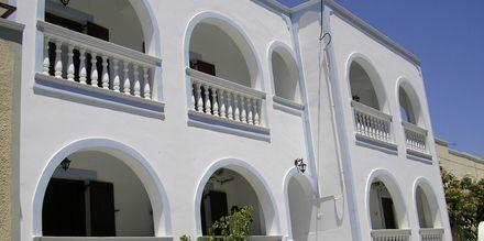 Hotell Finikas i Kamari, på Santorini, Grekland.