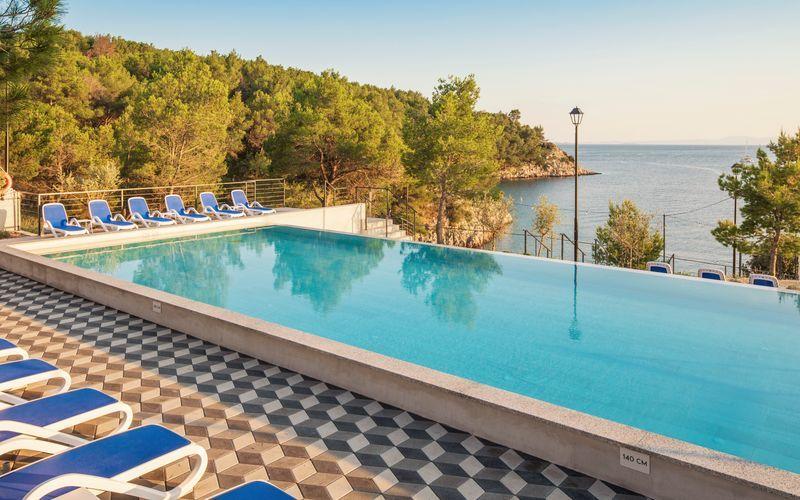 Hotell Gava Waterman Resort Milna på Brac, Kroatien.