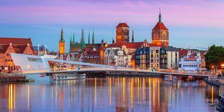Bro över floden Motlawa i Gdansk, Polen.