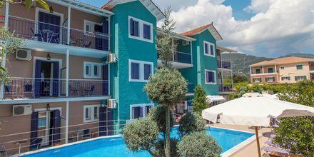 Poolområde på hotell Georgio i Nidri på Lefkas.