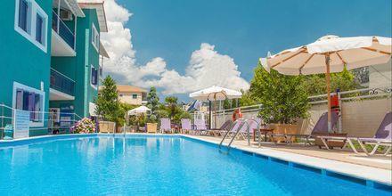 Pool på hotell Georgio i Nidri på Lefkas.