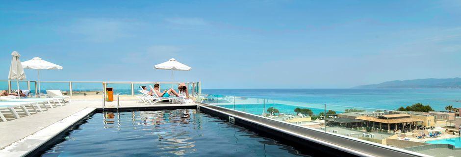Takpool, hotell Golden Beach i Hersonissos på Kreta.