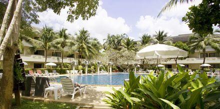 Poolen på Golden Beach Resort i Ao Nang, Krabi.