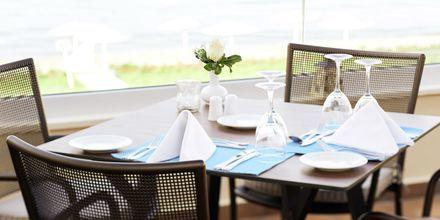 Restaurang Azzurro på hotell Grand Bay Beach Resort på Kreta, Grekland.