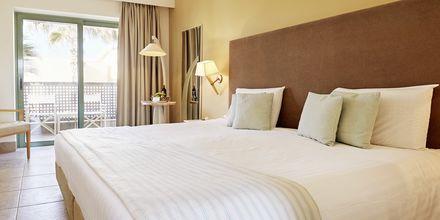 Dubbelrum på hotell Grand Bay Beach Resort på Kreta, Grekland.