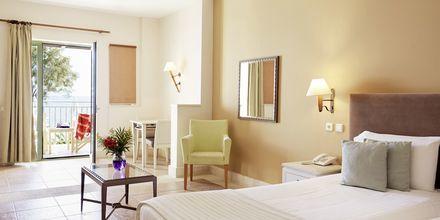 Juniorsvit på hotell Grand Bay Beach Resort på Kreta, Grekland.