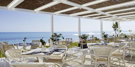 Bufférestaurang på hotell Grand Bay Beach Resort på Kreta, Grekland.