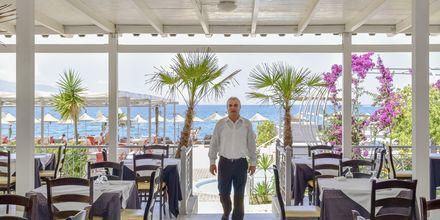 Restaurang på Grand Hotel i Saranda, Albanien.