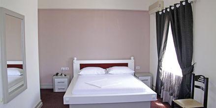 Dubbelrum på Grand Hotel i Saranda, Albanien.