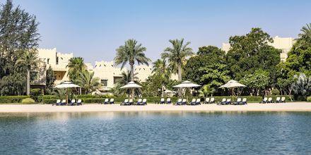 Den fina stranden som hör till Grand Hyatt i Doha, Qatar.