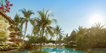 Poolområdet på Grand Mirage Resort, Tanjung Benoa, Bali.