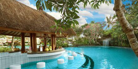 Poolbaren på Grand Mirage Resort, Tanjung Benoa, Bali.