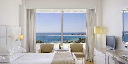 Dubbelrum med havsutsikt Grecian Sands, Cypern.