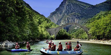 Forsränning på Voidomatisfloden i Zagoria.