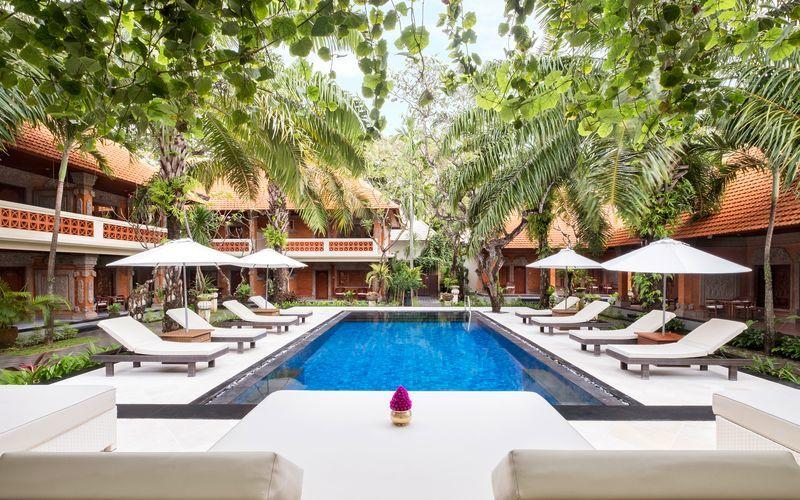 Pool på hotell Griya Santrian i Sanur, Bali.