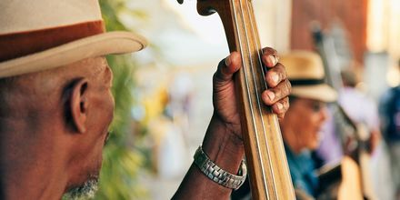 Gatumusikant i Havanna.