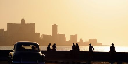 Strandpromenaden el Malecón i Havanna.