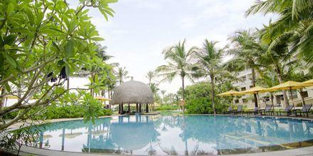 Poolområde på hotell Heritance Negombo på Sri Lanka.