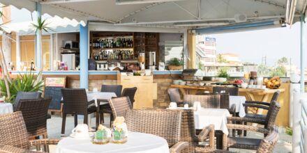 Restaurang på hotell Hermes i Kato Stalos, Kreta.