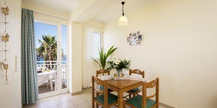 Trerumslägenhet på hotell Hermes i Kato Stalos på Kreta.