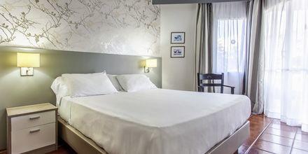 Tvårumslägenhet på hotell  HG Tenerife Sur i Los Cristianos, Teneriffa.