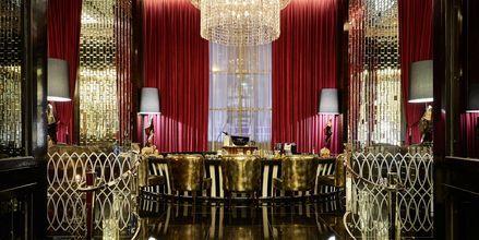 Loungebaren Blinq på Hilton Dubai al Habtoor City i Dubai.