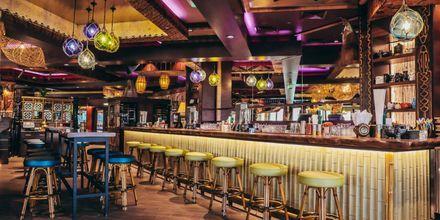 Restaurang Trader Vic's på hotell Hilton Dubai Jumeirah i Dubai, Förenade Arabemiraten.