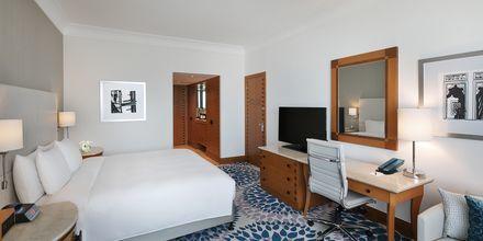 Deluxerum på hotell Hilton Dubai Jumeirah i Dubai, Förenade Arabemiraten.