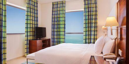 Dubbelrum på hotell Hilton Dubai The Walk i Dubai, Förenade Arabemiraten.