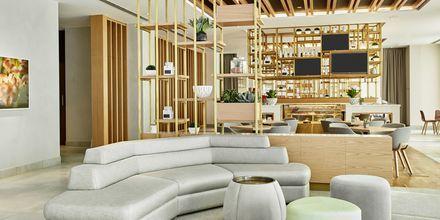 Lobbyn på hotell Hilton Garden Inn Mall of the Emirates i Dubai Al Barsha i Dubai, Förenade Arabemiraten.