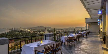 Skybaren på White Lotus på Hua Hin Hilton Resort & Spa, Thailand.