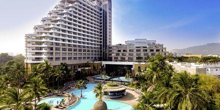 Poolområdet på Hua Hin Hilton Resort & Spa, Thailand.