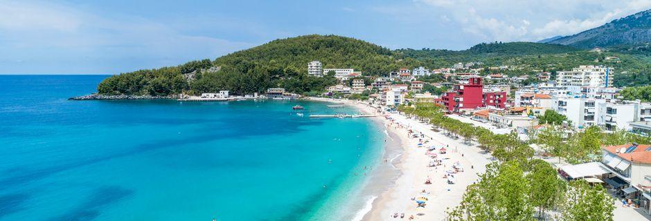 Spile Beach i Himara, Albanien.