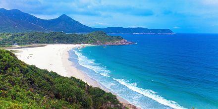 Hong Kong har flera stränder, en av de finaste är Tai Long Wan i Sai Kung, nordöstra Hong Kong.
