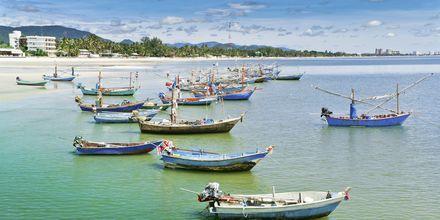 Fiskebåtar är en vanlig syn i Hua Hin.