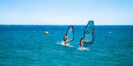 I Abu Soma, Egypten kan du testa på windsurfing.