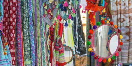 Shoppa på Ibizas hippiemarknader!