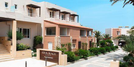 Entrén till hotell Ideal Beach på Kreta, Grekland.