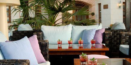 Lounge på hotell Ideon i Rethymnon stad på Kreta, Grekland.