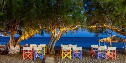 Restaurang vid stranden i Ierapetra på Kreta, Grekland.