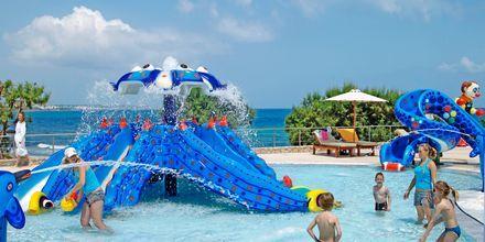 Barnpool på Ikaros Beach Resort & Spa på Kreta, Grekland.